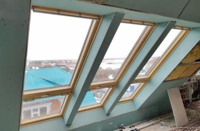 Мансардные окна и балконы в частном доме, г.Салехард