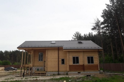 Установка окон в демо дом строительной компании