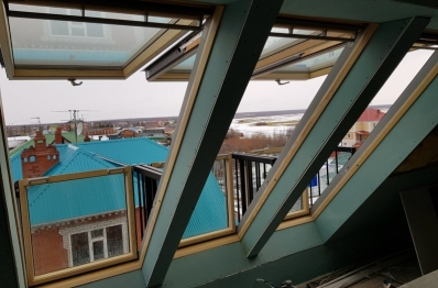 Частный дом, г.Салехард, балконы в комбинации